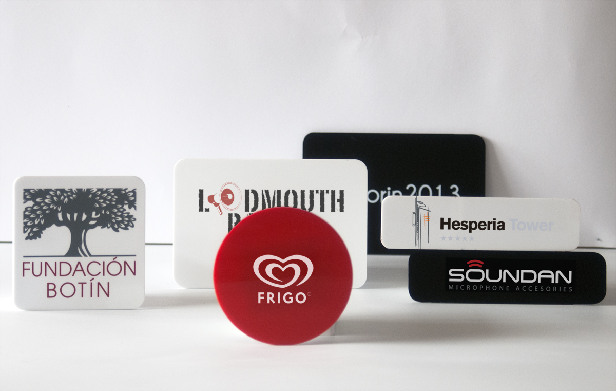 Corporative Plaques +Impression Logo (1 unite)
